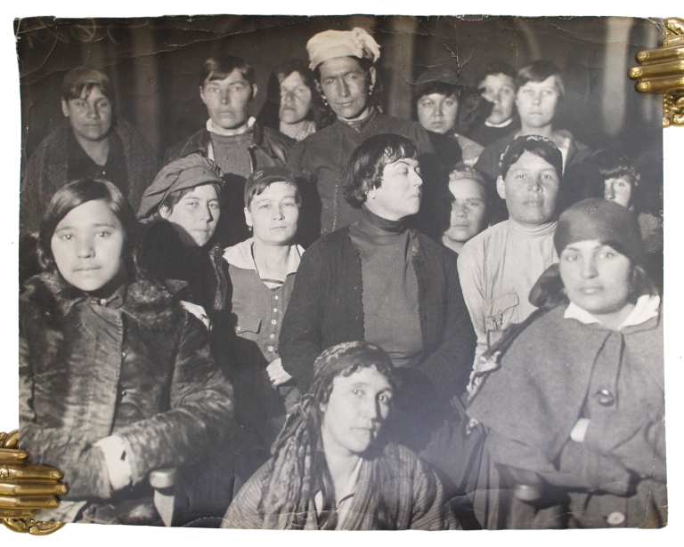 [RUSSIAN FEMINISTS] Original photograph of Alexandra Kollontai and female delegates at the Conference of Oriental Women